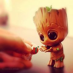i am groot . groot Marvel Universe Spiderman Thor Incredible Hulk Guardians of the Galaxy Groot Rocket Avengers Iron Man Dr Strange Venom Star Lord Captain America Hawkeye Black Panther Wakanda Forever Action Figure Displays Comics Funny Cute Disney Drawings, Cute Animal Drawings, Kawaii Drawings, Cute Drawings, Cute Disney Wallpaper, Cute Cartoon Wallpapers, Baby Groot, Marvel Wallpaper, Marvel Art
