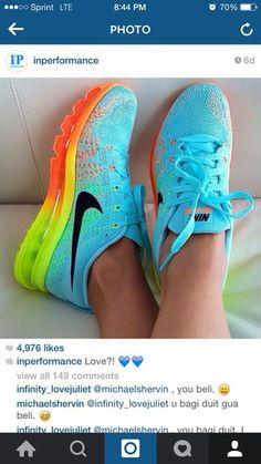 Nike Unisex Flyknit Max Running Shoe Jollyfellow