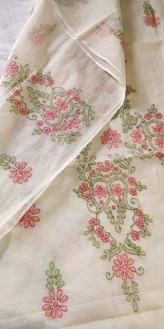 Herb Embroidery, Hand Embroidery Videos, Hand Work Embroidery, Embroidery Flowers Pattern, Hand Embroidery Stitches, Embroidery Fabric, Hand Embroidery Design Patterns, Facebook, Decoration
