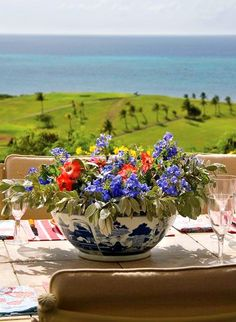 Lovely lunch at Mango Hill. For more #StCroix#vacationrentals go to: http://villamargarita.com/st-croix-vacation-rentals/ #villamargarita #USVirginIslands #USVI #dreamhomes #STX #caribbean #USVIproperty #stx #virginislands #beachfronthomes #villas #stcroixbeaches #travel #holiday #StCroixVillas