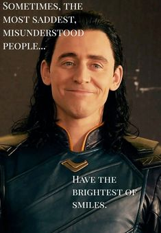 Loki's smile always brightens up my day. Ilysm Loki Odinson and I miss u 💚🖤💚🖤💚