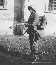 An Austrian soldier in the mid-thirties. Pin by Paolo Marzioli War Photography, Documentary Photography, German Uniforms, Military Uniforms, Indochine, French Foreign Legion, French Colonial, French History, French Army