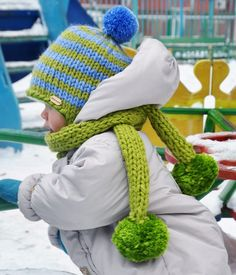 87 отметок «Нравится», 2 комментариев — @aljushinka в Instagram: «My little snowman ❤  #шапка #шарф #комплект #зима #тепло #шапкашарф #scarf #hat #cold #autumn…»