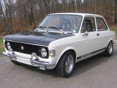 Fiat 128 Spezial For Sale Fiat 128, Retro Cars, Vintage Cars, Fiat Sport, Carros Suv, Fiat Abarth, Alfa Romeo Cars, Citroen Ds, Small Cars