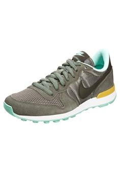 7c5a7b78af17 INTERNATIONALIST - Baskets basses - iron green cargo khaki gold medium mint    ZALANDO.FR 🛒. Nike Sportswear ...