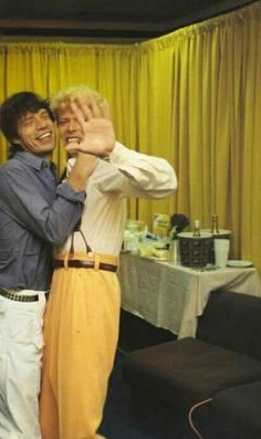 Mick Jagger and David Bowie. Angie Bowie divorced David when she walked in on the 2 of these naughty boys in her bed. Mick Jagger, David Bowie, Angie Bowie, Stevie Nicks, Freddie Mercury, Rolling Stones, Jimi Hendricks, Francis Wolff, Divas