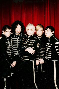My chemical romance the black parade era Emo Bands, Rock Bands, My Chemical Romance Wallpaper, My Chemical Romance Poster, My Chemical Romance Members, Band Wallpapers, We Will Rock You, Mikey Way, Black Parade