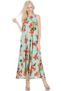 The sleeveless floral maxi is the perfect combination of flowy and dressy. This can be worn to so many occasions!
