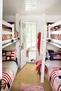 Bunk Room | How one couple turned a run-down Georgia lake house into the retreat of their dreams.