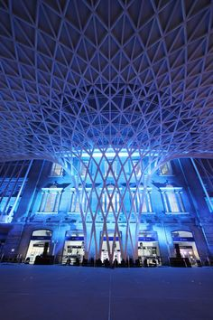 The transformation of King's Cross station (London) by John McAslan + Partners