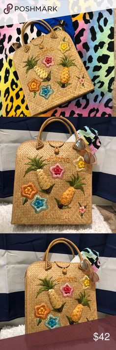 """Vintage Straw Beach Bag """"Aloha Hawaii"""" Vintage straw beach bag or super cute summer purse!  In great condition for being vintage I'd guess from 1970s  One of the pineapple leaves is coming unthreaded but hardly noticeable   Handmade in the Philippines no brand Bags"""