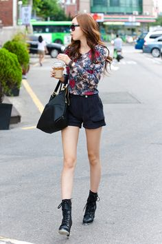 Itsmestyle to look extra k,fashionista ♥ www.itsmestyle.com fashion