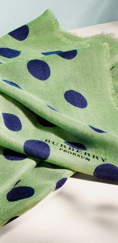Sage green men's snood with distinctive dots - a fresh look from Burberry for Spring/Summer 2014