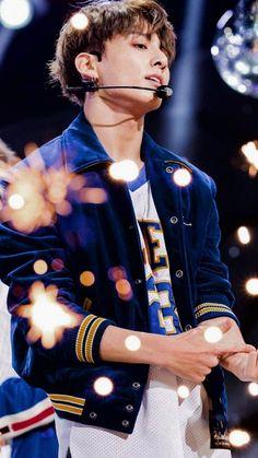 So handsome jungkook Jung Kook, Jung Hyun, Bts Jimin, Jungkook Cute, Bts Bangtan Boy, Jungkook Glasses, Bts Taehyung, Jhope, Foto Bts