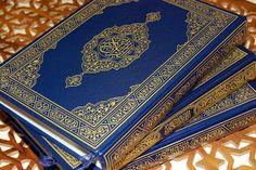 Islam Garis Lurus:   RAMADANmerupakan bulan suci bagi umat Islam, ka...