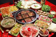 Sichuan cuisine (川菜)is one of the four traditional cuisines with Chinese characteristics, one of the eight major cuisines in China, and a master of Chinese cuisine. Top 15, Hot Pot, Chinese Food, Seafood, Spicy, China, Dishes, Vegetables, Cooking