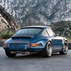 Singer #Porsche 911 - Just look at those lines! #Classic #Style #Design #Speed #Power #SportsCar #Class #Cars #CarShowSafari