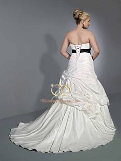 PG-SP3359(Inspired by Private Label By G Signature Plus Wedding Dresses SP3359)