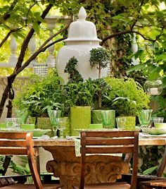 Al Fresco in shades of green gorgeous tablescape green white topiary Outdoor Dining, Outdoor Spaces, Outdoor Decor, Deco Table, A Table, Al Fresco Dining, Shades Of Green, Christmas Tables, Holiday Tables
