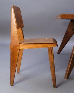 """Jean Prouvé, table et chaise de la série """"Mobilier d'urgence"""", 1941, vente ARTCURIAL - BRIEST-POULAIN-F.TAJAN, Paris, France, 20 mai 2015, 20h00"""