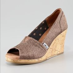 25465fe0cc  Toms  Waverly Boucle Metallic Bronze Wedge Peep Toe Wedges