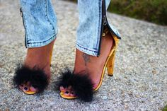 The Daileigh: Two Sided  I really, really want to DIY these!