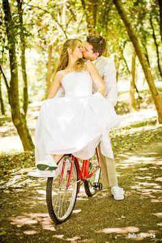 My wedding! Los novios en bicicleta! Como comenzó nuestra historia...