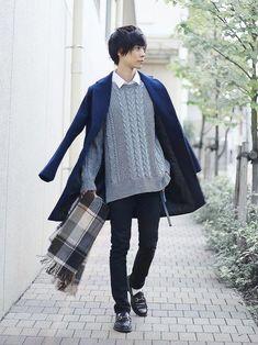 20 more japan winter fashion men ~ japan wintermode män. Latest Mens Fashion, Fashion 101, Asian Fashion, Boy Fashion, Fashion Outfits, Fashion Design, Stylish Mens Outfits, Casual Outfits, Japan Winter Fashion