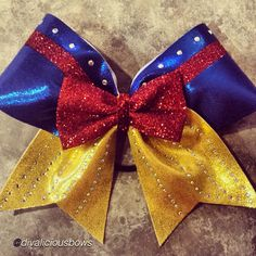 "Cheer bow of the day. by ""Snow white bow"" Tag… Disney Cheer Bows, Cute Cheer Bows, Cheer Hair Bows, Cheerleading Bows, Diy Hair Bows, Diy Bow, Cheer Mom, Fabric Bows, Ribbon Bows"
