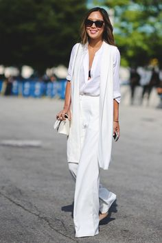 """The Most Authentically Inspiring Street Style From New York #refinery29  http://www.refinery29.com/2015/09/93788/ny-fashion-week-spring-2016-street-style-pictures#slide-56  When you look up """"chic"""" in the dictionary, this comes up...."""
