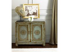Lazzone Accent Chest from Huffman Koos Furniture