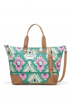 Stella & Dot Getaway bag in green ikat.  Perfect for a weekend escape!    Spring Collection 2014  Shop www.stelladot.com