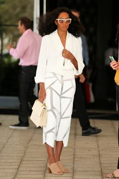 SHE'S A STANDOUT –– Solange Knowles