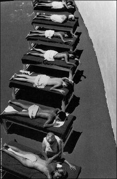 Henri Dauman, Sunbathers, the Fontainebleau Hotel, Maimi Beach, Florida, 1968