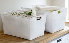 Our fantastic open strapping baskets made from woven plastic strapping are ideal for sorting your laundry. With integral handles they are just the thing for carrying laundry loads back and forth from the laundry room or to store folded linen and towels.  With endless applications, these baskets are so versatile - from food to wet washing or for odds and ends on a shelf, they are perfect for the bathroom, kitchen shelves or in the bedroom.