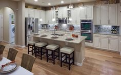 Standard Pacific Homes - kitchen