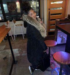 Long Puffer Coat, Winter Coat, Collars, Fur Coat, Clothing, Jackets, Outfits, Fashion, Fashion Styles