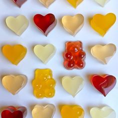 Forget the store-bought stuff. Making gummy bears at home is a breeze with fruit… Forget the store-bought stuff. Making gummy bears at home is a breeze with fruit juice and our four simple steps. Best Gummy Bears, Making Gummy Bears, Homemade Gummy Bears, Homemade Gummies, Jelly Bears, Homemade Jelly, Homemade Candies, Vegan Gummy Bears, Gummi Bears