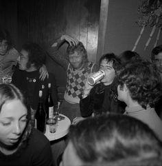Harry Nilsson (pictured with John Lennon & Alice Cooper) imitating Stan Laurel in Beatles Songs, The Beatles, The Lost Weekend, Harry Nilsson, The Hollywood Vampires, Keith Moon, Stan Laurel, Marianne Faithfull, Debbie Reynolds