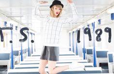 """Saiu """"Out of the Woods"""", novo single da Taylor Swift - Ouça! - http://metropolitanafm.uol.com.br/musicas/saiu-woods-novo-single-da-taylor-swift-ouca"""