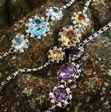 Bracelets designed by Del Brenna | Del Brenna Jewelery & Lifestyle | Showroom in Cortona Tuscany Italy |Shop Online of Gold Handmade Jewelry