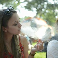 candid-college-girls-smoking-weed-christian-stewart-naked-pics