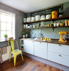Køkkenindretning: Bliv inspireret til nye farver i dit køkken