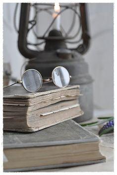 Antique books | Livros antigos
