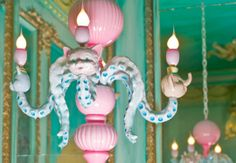 octopus chandelier by Adam Wallacavage ▶
