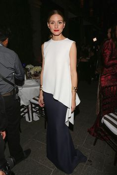 Olivia Palermo: See Her Best 30 Outfits and Dresses Ever - Glamour Olivia Palermo Lookbook, Olivia Palermo Style, Look Fashion, Fashion Show, Womens Fashion, City Fashion, Fashion Glamour, Gothic Fashion, 30 Outfits