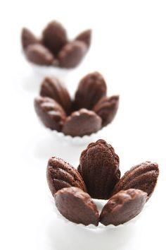 chocolate madeleine florets. looks like one of e few sweet stuff i will eat...