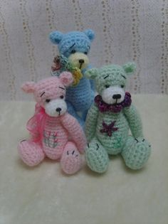 Miniature Crochet THREAD ARTist Madisyn Teddy Bear