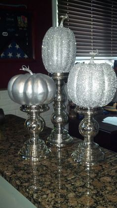 fake pumpkins, spray paint silver, spray with adhesive and glitter. makes a wonderful fall centerpiece Cinderella Sweet 16, Cinderella Theme, Cinderella Pumpkin, Cinderella Birthday, Cinderella Wedding, Fake Pumpkins, Glitter Pumpkins, Painted Pumpkins, Cinderella Quinceanera Themes