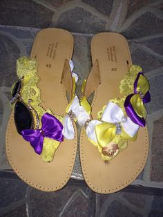 handmade decorated sandal with mirror cats,yellow lace.purple bows and pearls #summer #sandals #handmade #σανδαλια #χειροποιητα #bows #mirror #purple #strass Palm Beach Sandals, Pearls, Handmade, Hand Made, Beads, Handarbeit, Gemstones, Pearl